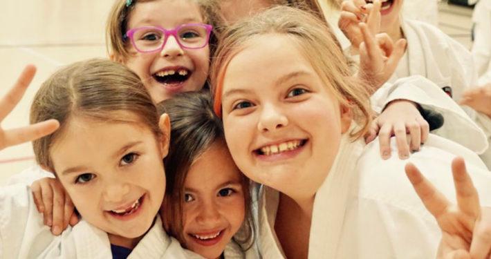 """""""Un Dojo à l'école"""", écoles primaires CSSMI Blainville, remise officielle de ceinture"""